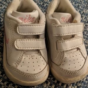 Gentle used Nike Play shoes